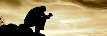 Prayingmanweb_med